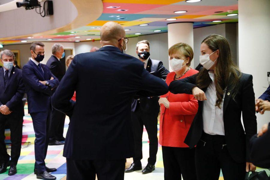 Charles Michel, Président du Conseil européen, Angela Merkel, chancelière allemande et Sanna Marin, Première ministre de Finlande