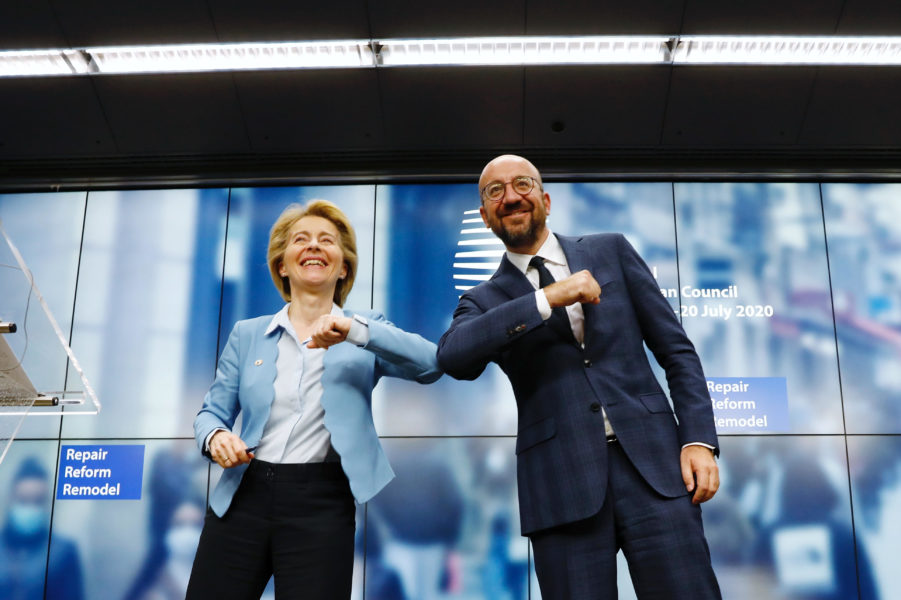 Ursula Von der Leyen, Présidente de la Commission européenne et Charles Michel, Président du Conseil européen